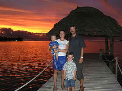 Familjen Fors i solnedgång