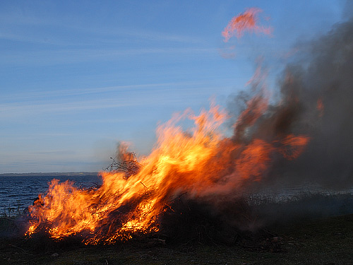 Eld, valborg i Arild 2007